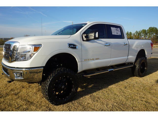 new 2017 nissan titan xd 4wd w 6 inch lift special wheels tires sv crew cab pickup in macon. Black Bedroom Furniture Sets. Home Design Ideas